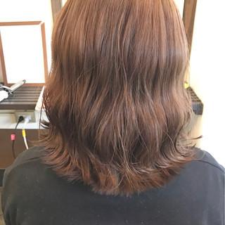 ベージュ ブラウンベージュ ミルクティー ストリート ヘアスタイルや髪型の写真・画像