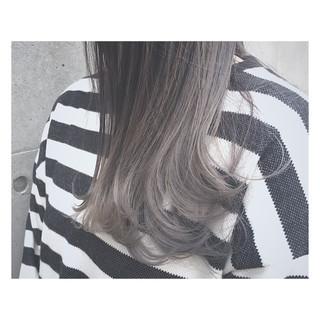 ストリート アッシュ 外国人風 透明感 ヘアスタイルや髪型の写真・画像