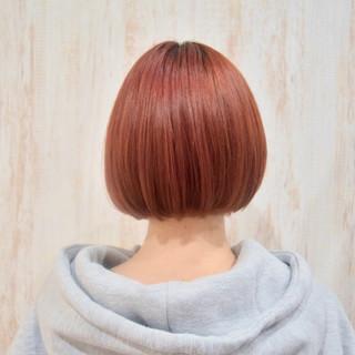 アプリコットオレンジ 切りっぱなしボブ ミニボブ ショートボブ ヘアスタイルや髪型の写真・画像