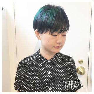 リラックス ショート グリーン ストリート ヘアスタイルや髪型の写真・画像 ヘアスタイルや髪型の写真・画像