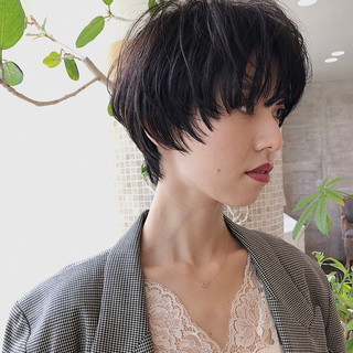 デート 大人かわいい ウルフカット ナチュラル ヘアスタイルや髪型の写真・画像