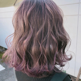 ベージュ グレージュ ボブ ラベンダーアッシュ ヘアスタイルや髪型の写真・画像