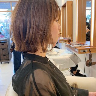前下がりボブ ナチュラル まとまるボブ レイヤーボブ ヘアスタイルや髪型の写真・画像