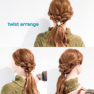 結婚式 簡単ヘアアレンジ フェミニン ロング ヘアスタイルや髪型の写真・画像