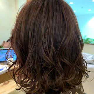 ラベンダーピンク 透明感 ミディアム パープル ヘアスタイルや髪型の写真・画像