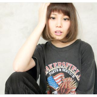ベージュ フェミニン 前髪あり ヘアアレンジ ヘアスタイルや髪型の写真・画像