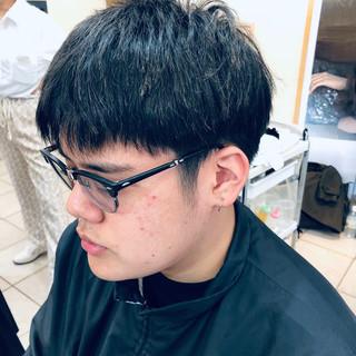 ナチュラル メンズスタイル ショート 刈り上げ ヘアスタイルや髪型の写真・画像 | メンズカット専門 NAKAMINE RYOMA / Men's grooming salon Aoyama