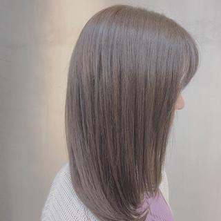 ラベンダーグレージュ 外国人風カラー ナチュラル ブルーラベンダー ヘアスタイルや髪型の写真・画像 ヘアスタイルや髪型の写真・画像