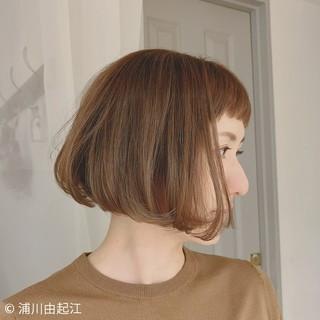 切りっぱなしボブ 外国人風 ナチュラル デート ヘアスタイルや髪型の写真・画像