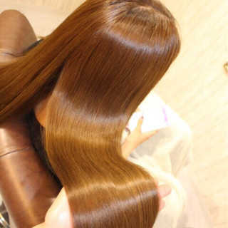 ロング 渋谷系 ベージュゴールド 外国人風 ヘアスタイルや髪型の写真・画像