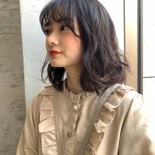 小顔ヘア パーマ ナチュラル 外人風パーマ ヘアスタイルや髪型の写真・画像