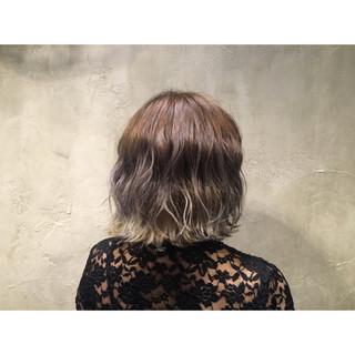 ストリート 外国人風 ボブ アッシュ ヘアスタイルや髪型の写真・画像