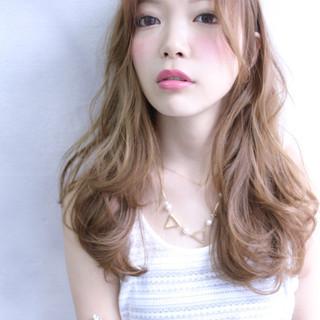 ハイライト ガーリー フェミニン 大人かわいい ヘアスタイルや髪型の写真・画像