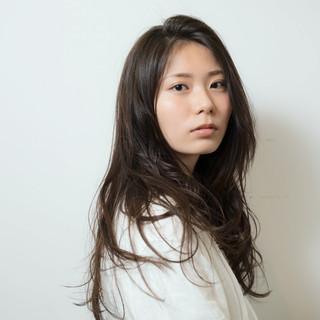 アッシュ 大人かわいい グラデーションカラー ナチュラル ヘアスタイルや髪型の写真・画像