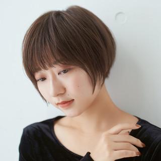 ショートヘア ショート ショートボブ 耳かけ ヘアスタイルや髪型の写真・画像