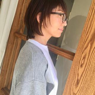 レイヤーカット コンサバ ミディアム 似合わせ ヘアスタイルや髪型の写真・画像