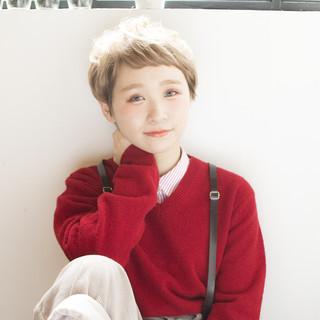 ガーリー ハイトーン 金髪 ショート ヘアスタイルや髪型の写真・画像
