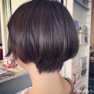 シースルーバング ショート ナチュラル 抜け感 ヘアスタイルや髪型の写真・画像