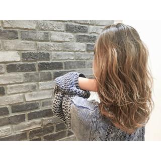 ストリート 外国人風 アッシュ グラデーションカラー ヘアスタイルや髪型の写真・画像