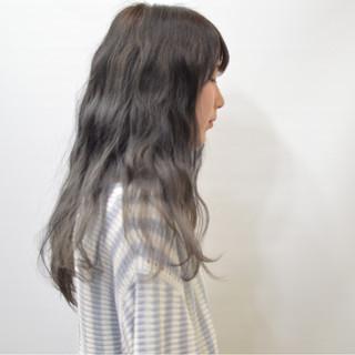 外国人風 グラデーションカラー ロング モード ヘアスタイルや髪型の写真・画像