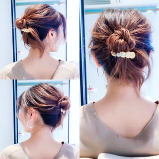 ロング セルフヘアアレンジ ヘアアレンジ フェミニン ヘアスタイルや髪型の写真・画像 ヘアスタイルや髪型の写真・画像