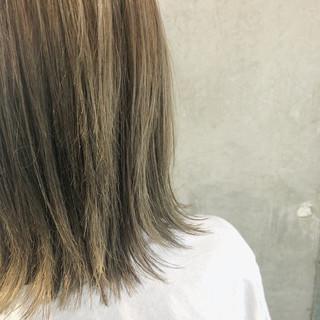 透明感カラー ナチュラル ミディアム 3Dカラー ヘアスタイルや髪型の写真・画像