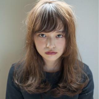黒髪 ゆるふわ 大人かわいい セミロング ヘアスタイルや髪型の写真・画像
