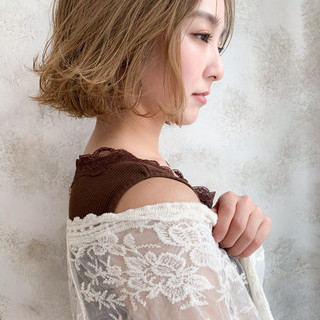 透明感カラー 切りっぱなしボブ ミニボブ ショート ヘアスタイルや髪型の写真・画像