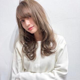 セミロング アウトドア 簡単ヘアアレンジ バレンタイン ヘアスタイルや髪型の写真・画像