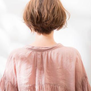 フェミニン 前下がりショート ショート 小顔ショート ヘアスタイルや髪型の写真・画像