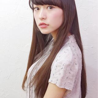 ピュア ハイライト 暗髪 アッシュ ヘアスタイルや髪型の写真・画像