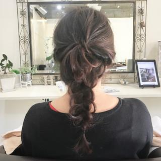 セミロング ヘアアレンジ 外国人風 フェミニン ヘアスタイルや髪型の写真・画像