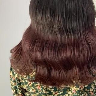 ガーリー 透明感カラー ラベンダーピンク 艶髪 ヘアスタイルや髪型の写真・画像