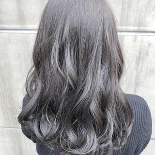 ヘアアレンジ 謝恩会 ナチュラル ミディアム ヘアスタイルや髪型の写真・画像