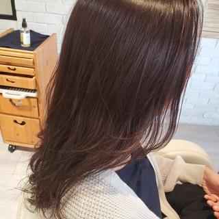 秋ブラウン ロングヘア レイヤーカット ナチュラル ヘアスタイルや髪型の写真・画像