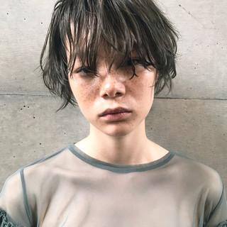 モード 小顔 ウェーブ ショート ヘアスタイルや髪型の写真・画像