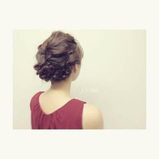ナチュラル ミディアム ヘアアレンジ アップスタイル ヘアスタイルや髪型の写真・画像