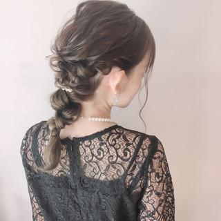編みおろし フェミニン セミロング ヘアアレンジ ヘアスタイルや髪型の写真・画像