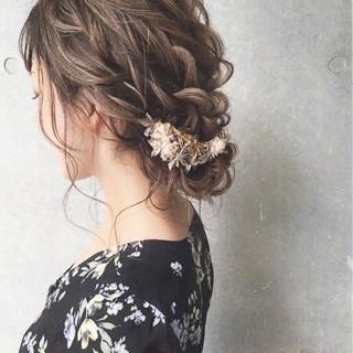 ヘアアレンジ ミディアム 大人かわいい 結婚式 ヘアスタイルや髪型の写真・画像