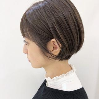 透明感 ナチュラル グレージュ エフォートレス ヘアスタイルや髪型の写真・画像