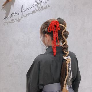 ロング リボンアレンジ 簡単ヘアアレンジ モード ヘアスタイルや髪型の写真・画像