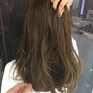 フェミニン 透明感 かわいい ハイライト ヘアスタイルや髪型の写真・画像