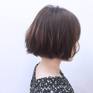 切りっぱなし ゆるふわ 外ハネ ストレート ヘアスタイルや髪型の写真・画像