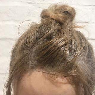 金髪 ハイトーン ベージュ ミルクティーベージュ ヘアスタイルや髪型の写真・画像