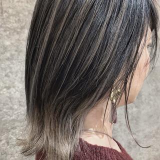 ナチュラル グレージュ アッシュグレージュ バレイヤージュ ヘアスタイルや髪型の写真・画像 ヘアスタイルや髪型の写真・画像