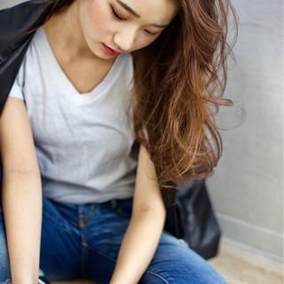 大人女子 小顔 冬 ロング ヘアスタイルや髪型の写真・画像 ヘアスタイルや髪型の写真・画像