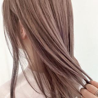 ナチュラル 艶髪 透明感 ベージュ ヘアスタイルや髪型の写真・画像