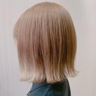大人かわいい ナチュラル 切りっぱなしボブ ショートボブ ヘアスタイルや髪型の写真・画像