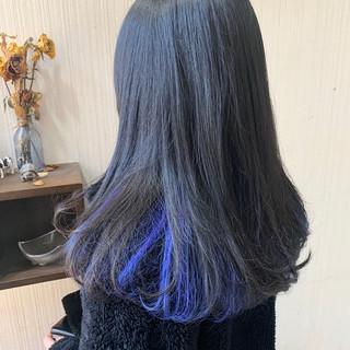 ラベンダーピンク ミディアム ネイビーブルー ナチュラル ヘアスタイルや髪型の写真・画像