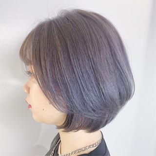 ショートボブ 丸みショート ブリーチカラー ラベンダーグレージュ ヘアスタイルや髪型の写真・画像